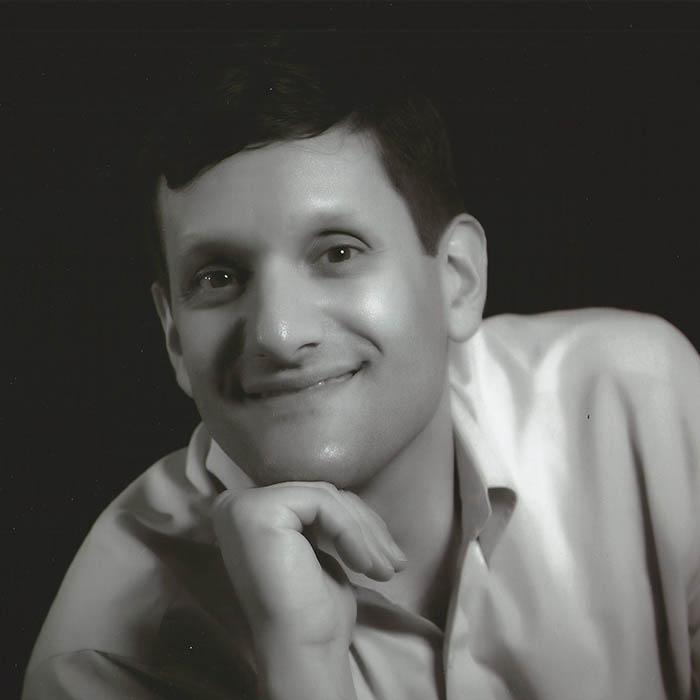 Dr. Emmanuel Martakis
